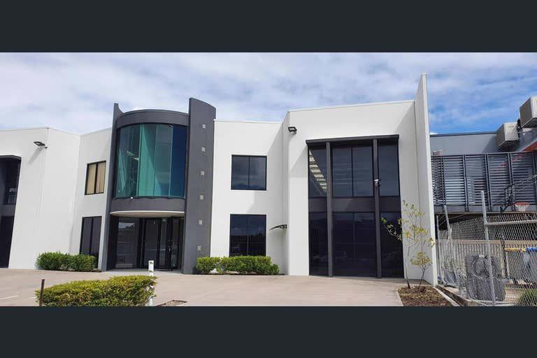 4/1 Premier Circuit Warana QLD 4575 - Image 1
