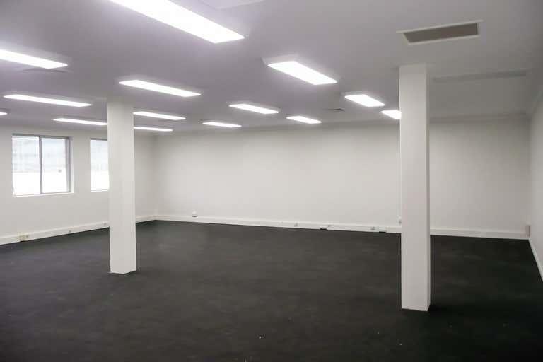 (L) Shop 2 + Suite 1, 17 Short Street Port Macquarie NSW 2444 - Image 4
