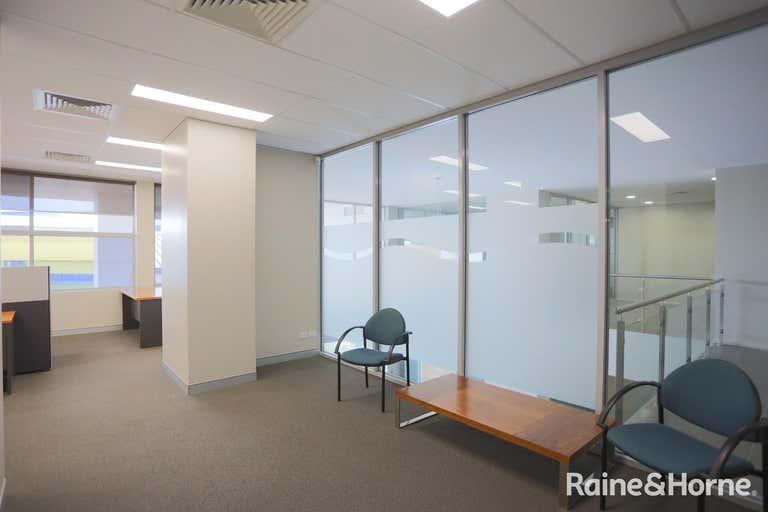 202/215 Pacific Highway Charlestown NSW 2290 - Image 4