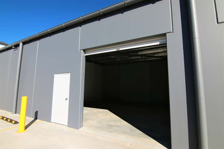 Unit 5, 20 Corporation Ave Robin Hill NSW 2795 - Image 2
