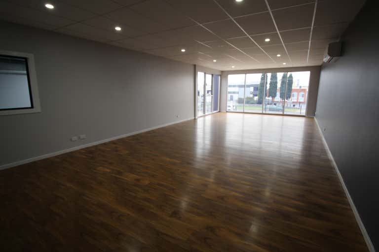 2/23-25 Malcolm Place Campbellfield VIC 3061 - Image 2