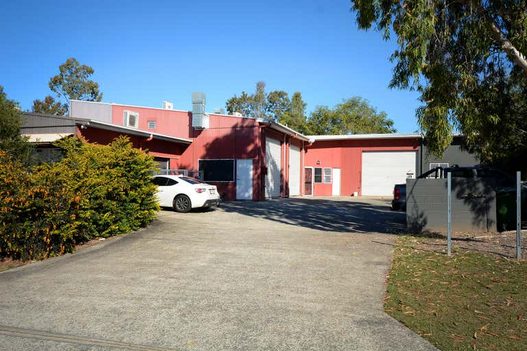 2A/19 Project Avenue Noosaville QLD 4566 - Image 2