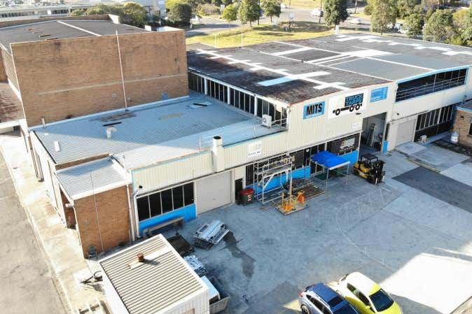 Unit 4B, 122 Woodstock Street Mayfield NSW 2304 - Image 1