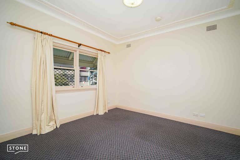 10 Kenny Street Wollongong NSW 2500 - Image 2