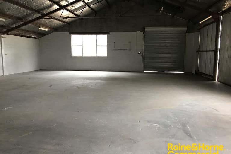 7/381 EDWARD STREET Wagga Wagga NSW 2650 - Image 2