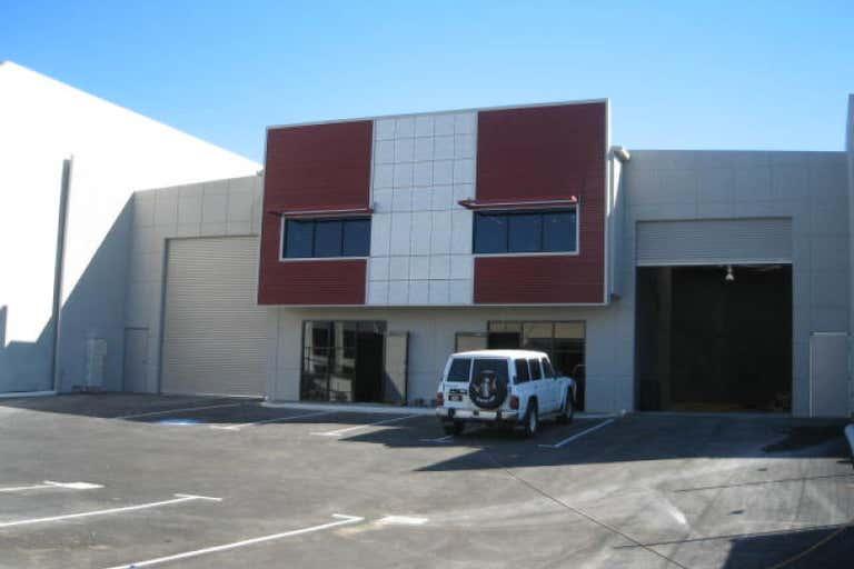 Unit 2, 45 Tacoma Circuit Canning Vale WA 6155 - Image 1