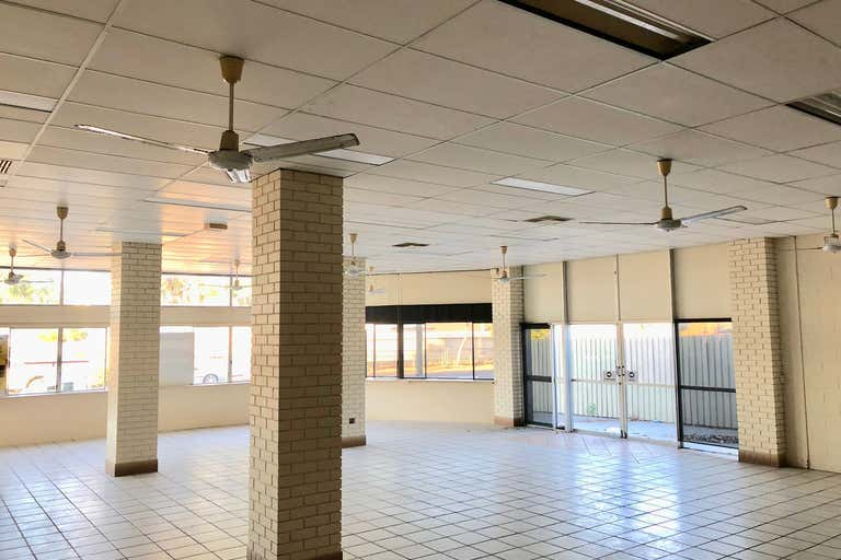 109 Ingham Road West End QLD 4810 - Image 4
