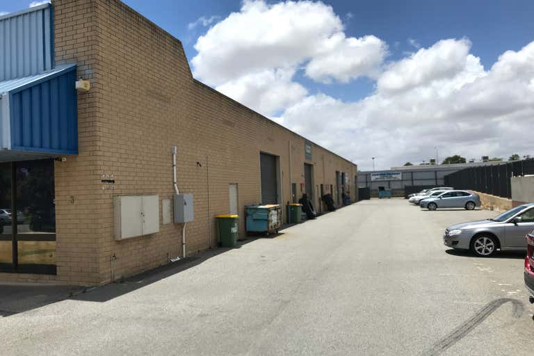4/3 Marchant Way Morley WA 6062 - Image 1