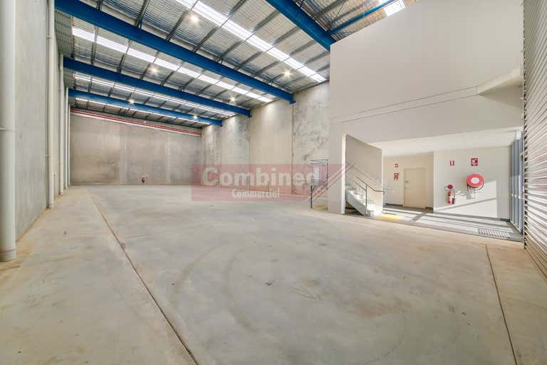 2/48 Anderson Road Smeaton Grange NSW 2567 - Image 3