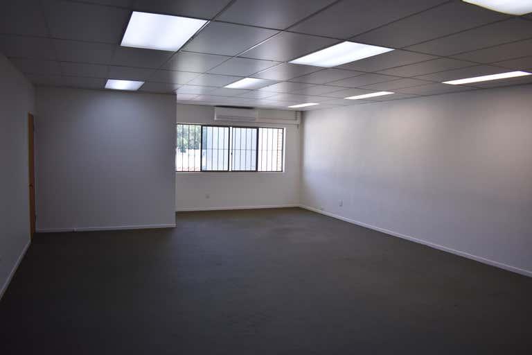 Office 4 / 61 Bulcock Street Caloundra QLD 4551 - Image 3