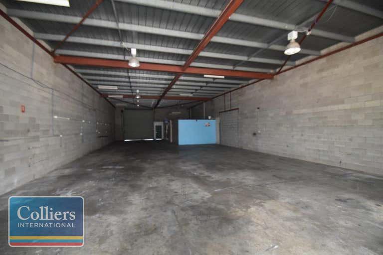 2/2 Whitehouse Street Garbutt QLD 4814 - Image 2