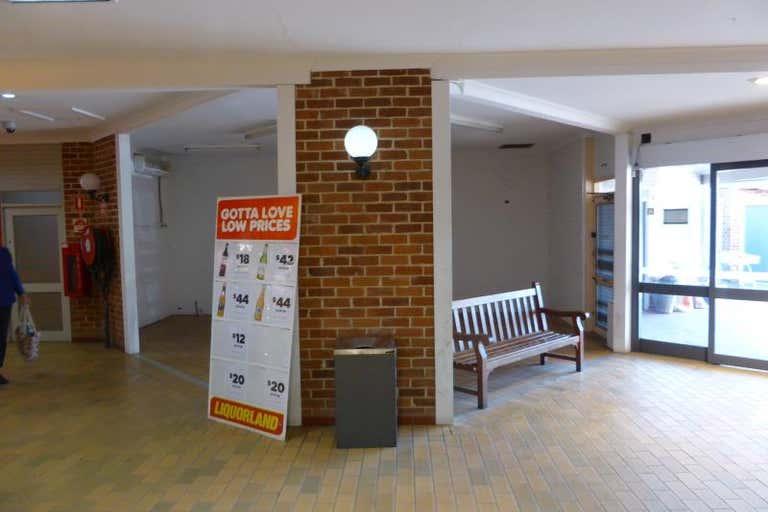 Shop 3, 76-82 Dandaloo Street Narromine NSW 2821 - Image 2