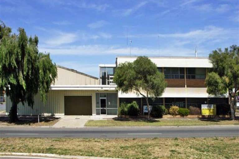 215 Victoria Road Largs Bay SA 5016 - Image 1