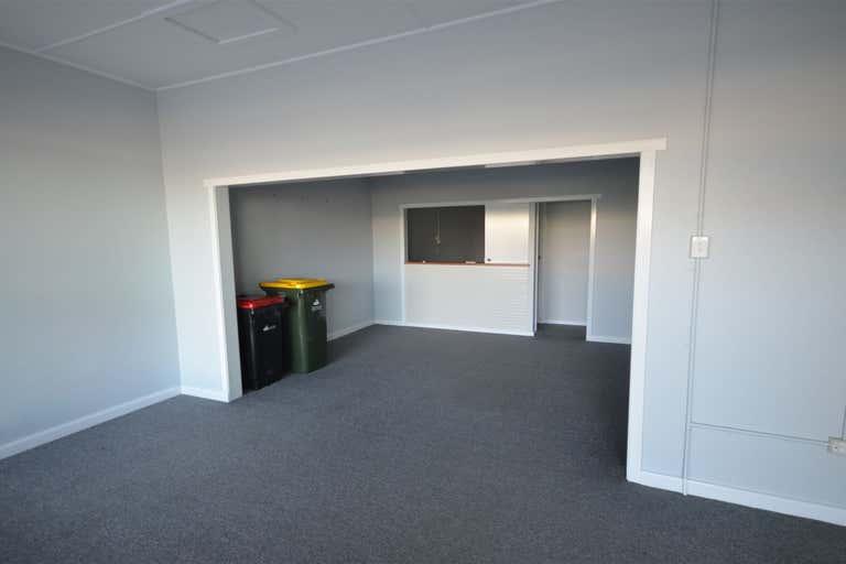 1/42 Cameron Street Wauchope NSW 2446 - Image 2