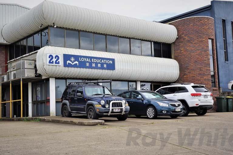 22 Devlan Street Mansfield QLD 4122 - Image 1