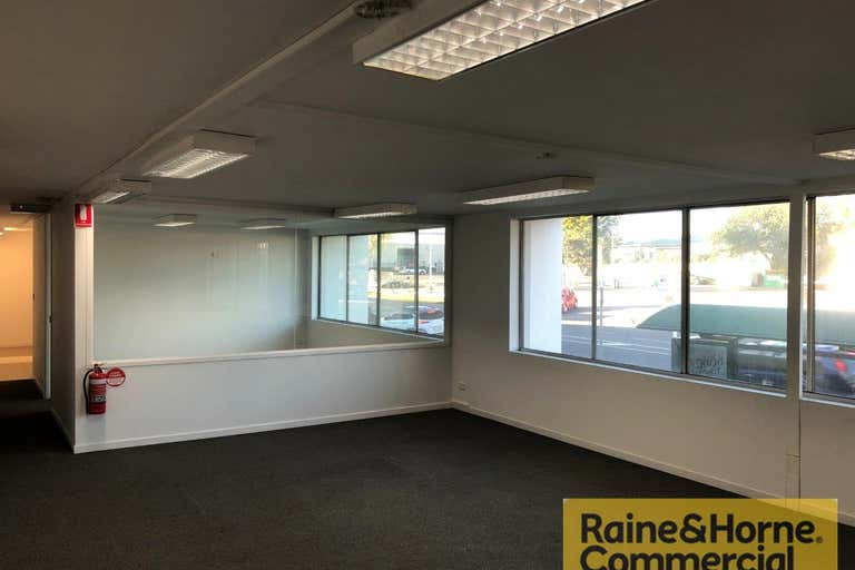 Suite 1/55 Sherwood Road Rocklea QLD 4106 - Image 3
