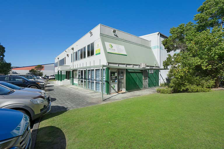 Unit 4, 276 Macquarie Road Warners Bay NSW 2282 - Image 1