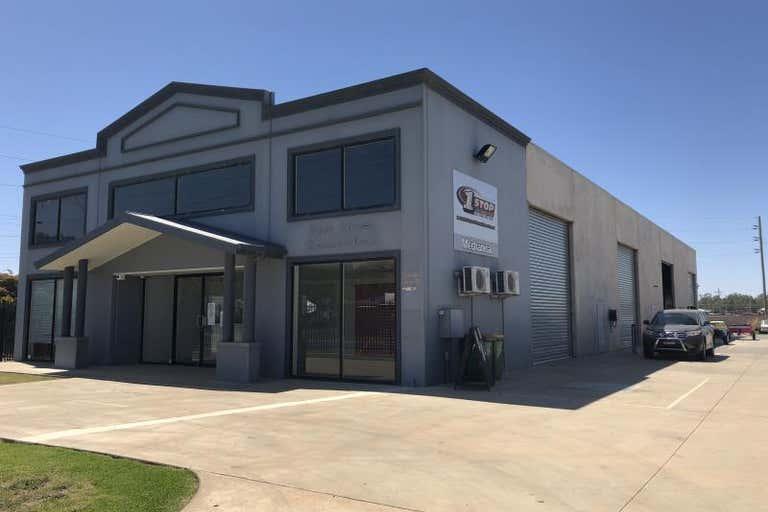 Unit 1, 71 Copland Street East Wagga Wagga NSW 2650 - Image 1