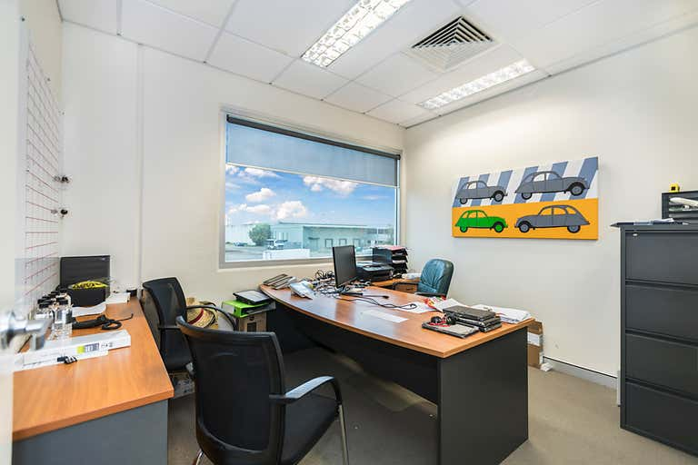 1/720 Macarthur Central Pinkenba QLD 4008 - Image 4