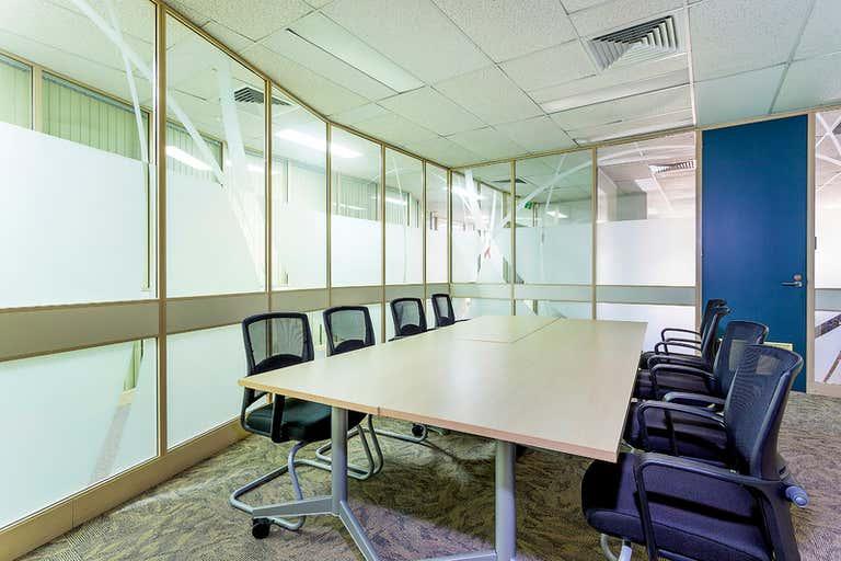 Suite 3/FF/592 Dean Street Albury NSW 2640 - Image 4