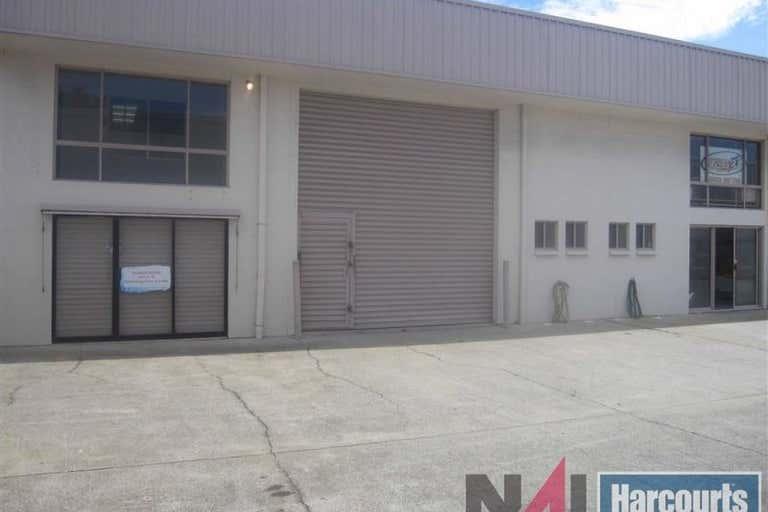 4/12 Ereton Drive Arundel QLD 4214 - Image 1