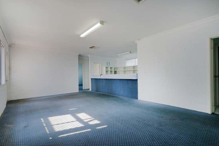 2/9 Archibald Street Willagee WA 6156 - Image 3