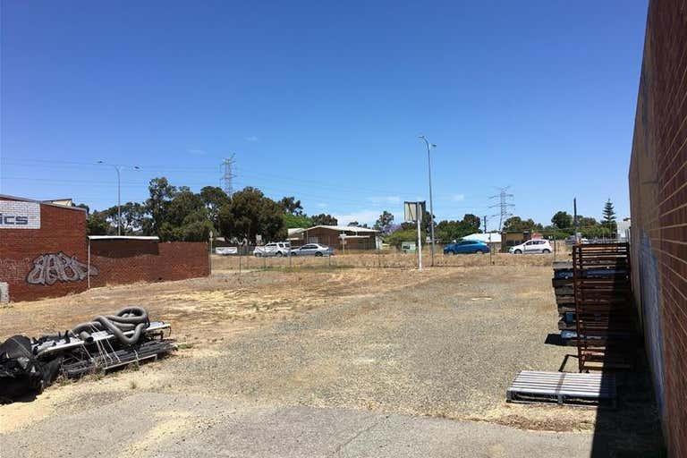 16 Runyon Road Midvale WA 6056 - Image 3