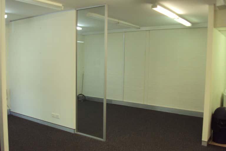 Ground Floor Unit 4, 55 Kembla Street Wollongong NSW 2500 - Image 4