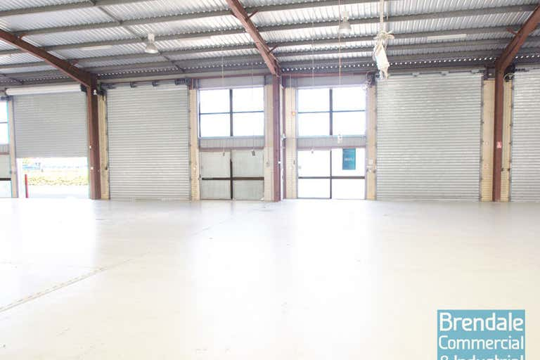 2/218 Leitchs Road Brendale QLD 4500 - Image 4
