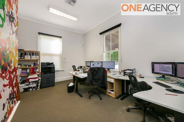 2/87 South Tce Fremantle WA 6160 - Image 2