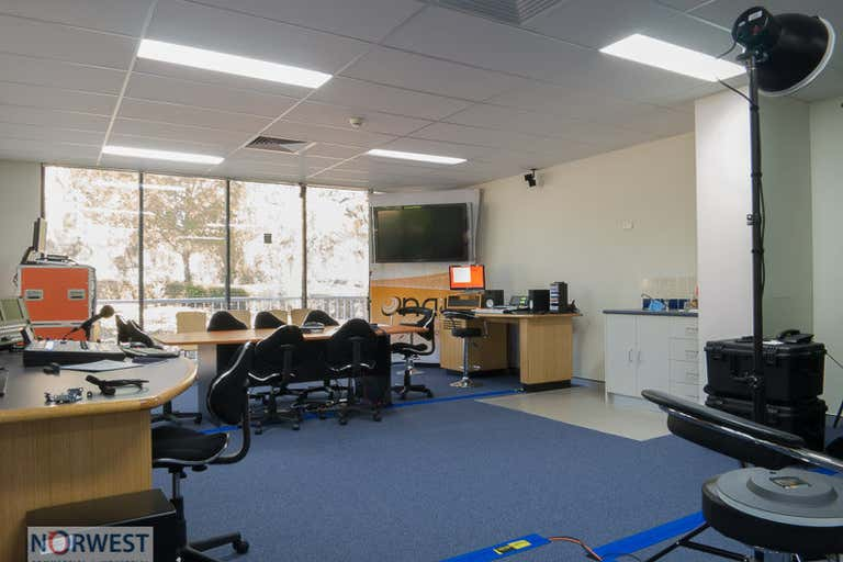 17 , 5-7 Inglewood Place Baulkham Hills NSW 2153 - Image 2