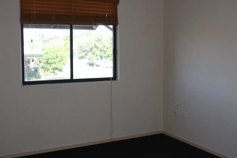 4/2 East Fortune Street Coomera QLD 4209 - Image 3