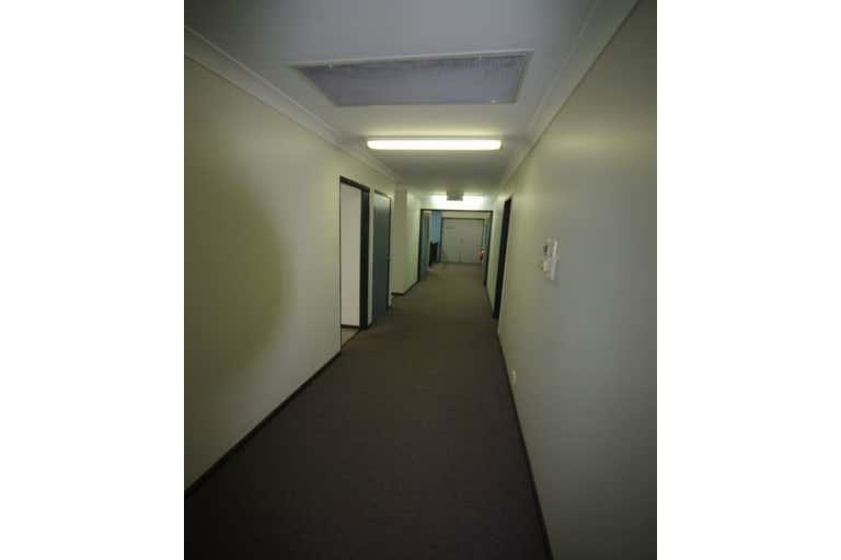 4/5 Woolcock Street Hyde Park QLD 4812 - Image 2