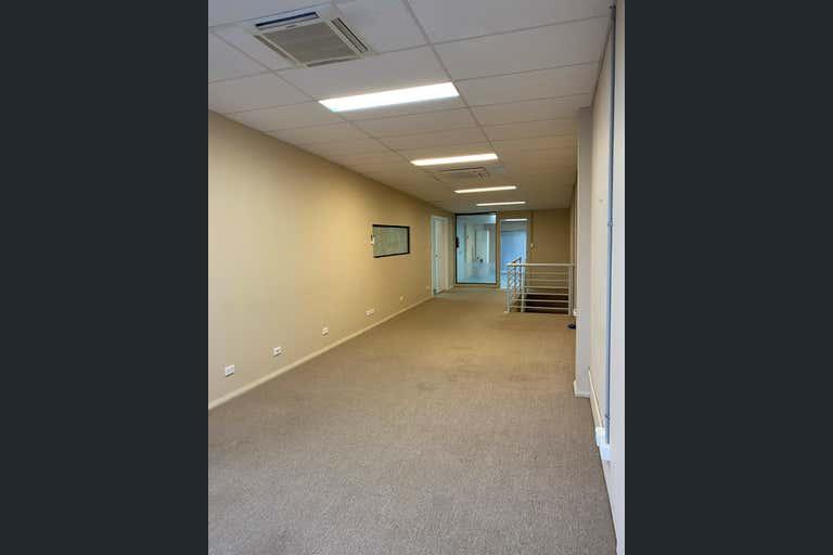 2/12-14 Beaumont Rd Mount Kuring-Gai NSW 2080 - Image 3