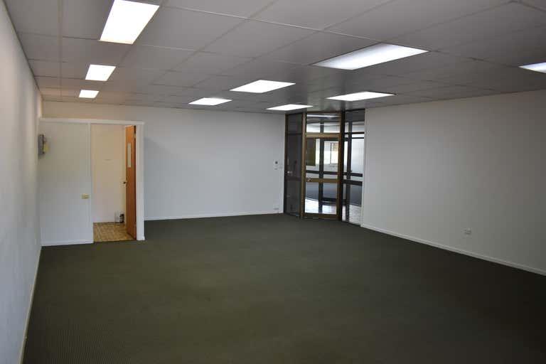 Office 4 / 61 Bulcock Street Caloundra QLD 4551 - Image 2