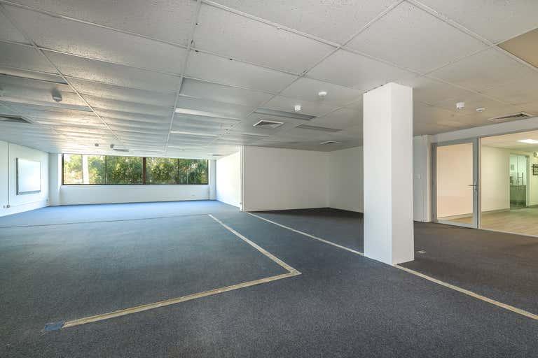 102B / 9 Bay Street Southport QLD 4215 - Image 2