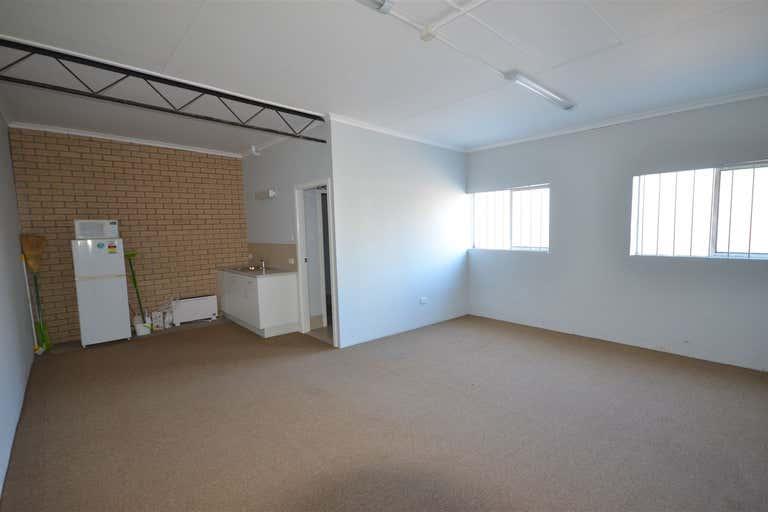 1/42 Cameron Street Wauchope NSW 2446 - Image 4