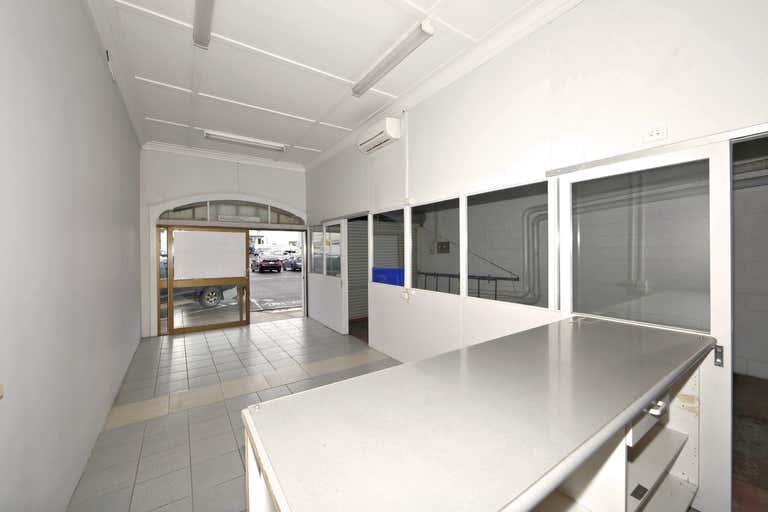 4/21-23 Bourbong Street Bundaberg Central QLD 4670 - Image 4