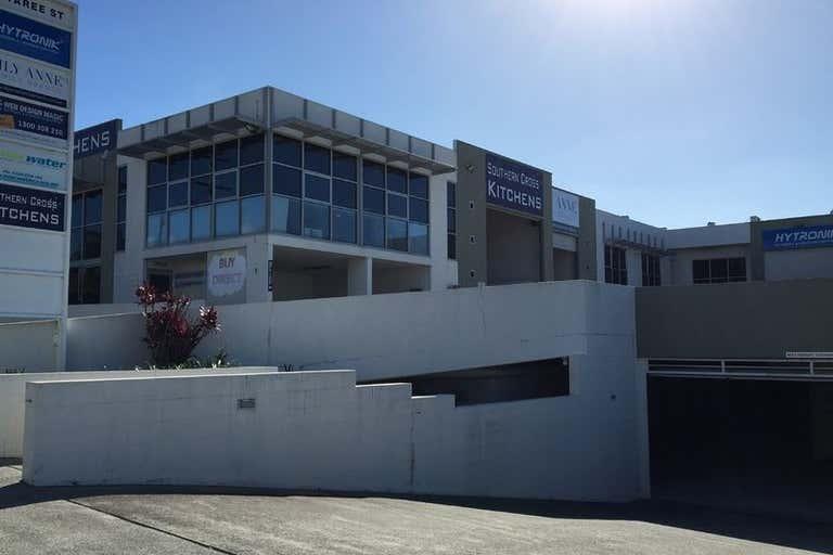 2/5 Taree Street Burleigh Heads QLD 4220 - Image 2