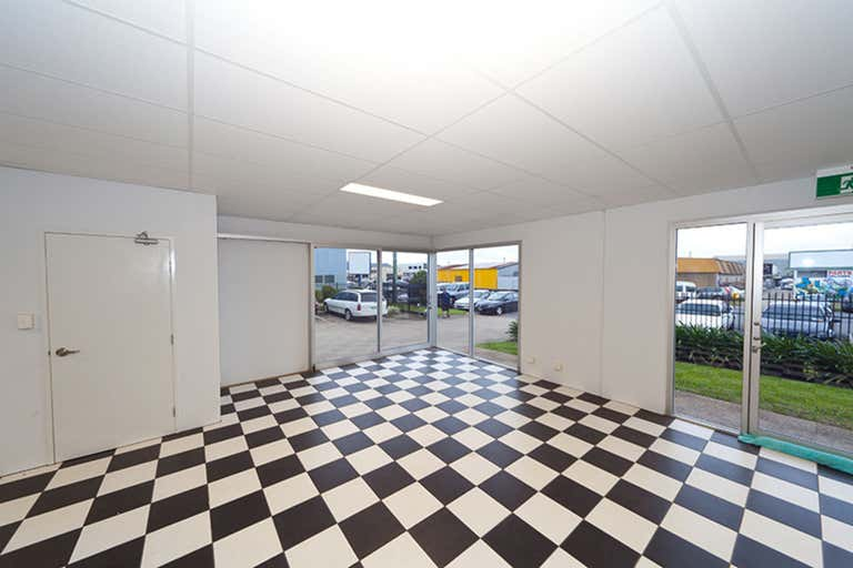 Tenancy 4, 157-161 Newell Street Bungalow QLD 4870 - Image 3