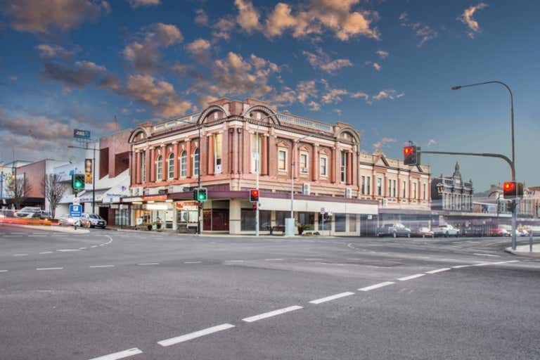 Suite 7, 353 Ruthven Street Toowoomba City QLD 4350 - Image 1