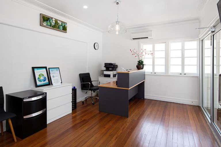260 Rode Rd Wavell Heights QLD 4012 - Image 4