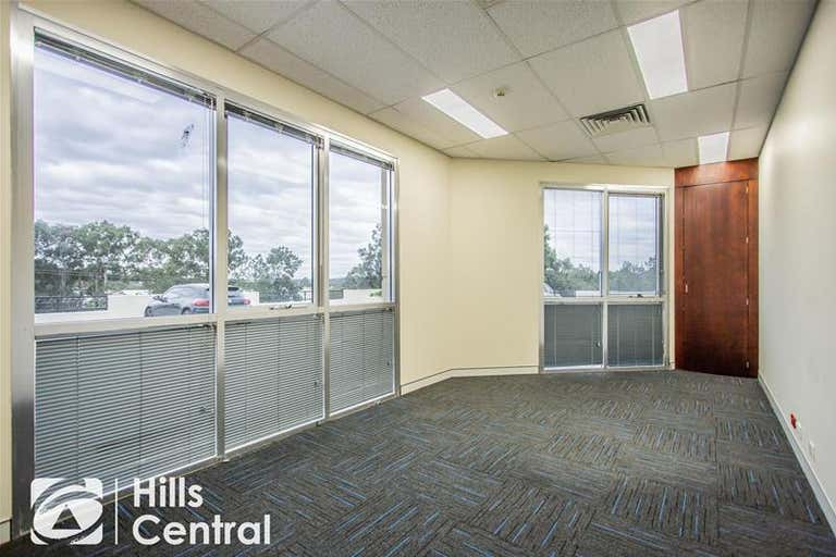 12a/10 Gladstone Road Castle Hill NSW 2154 - Image 2