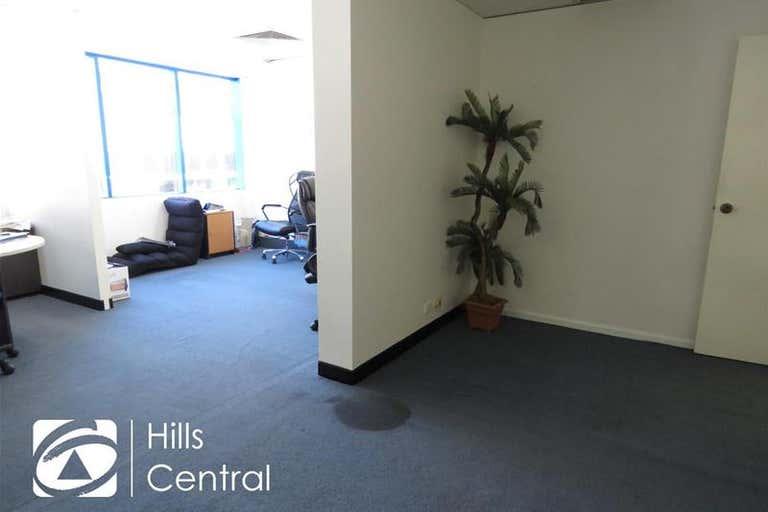 8a/8 Victoria Avenue Castle Hill NSW 2154 - Image 4