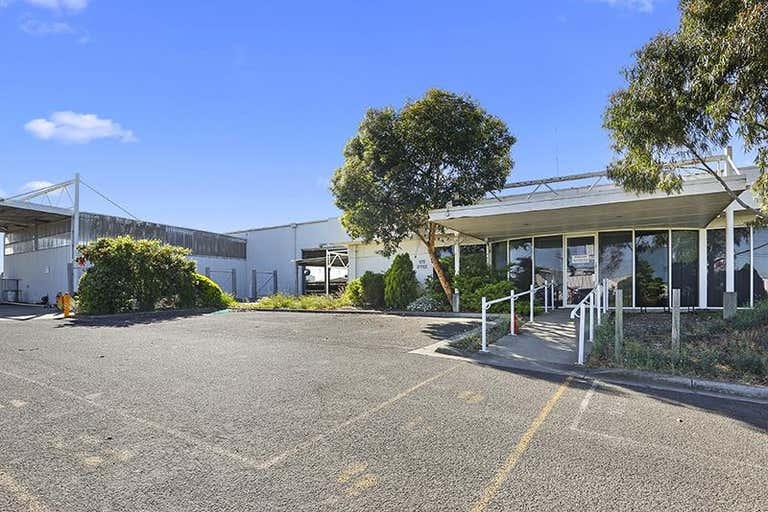 97 Barwon Terrace South Geelong VIC 3220 - Image 2