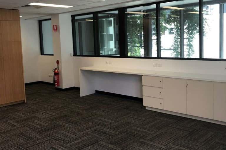 3.1, 05 Kyabra Street Newstead QLD 4006 - Image 4