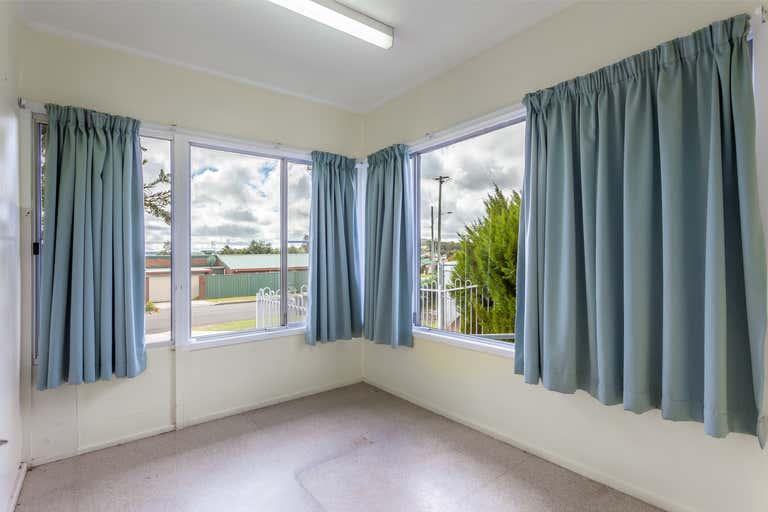 14 Wallangarra Road Stanthorpe QLD 4380 - Image 4
