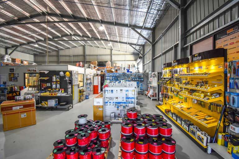 2/14 Corporation Avenue Bathurst NSW 2795 - Image 2