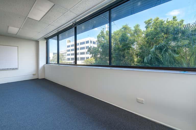 102B / 9 Bay Street Southport QLD 4215 - Image 4