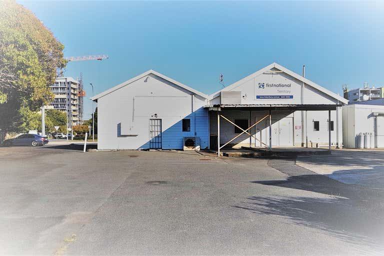 Shop 1/91 Frank Street Labrador QLD 4215 - Image 1